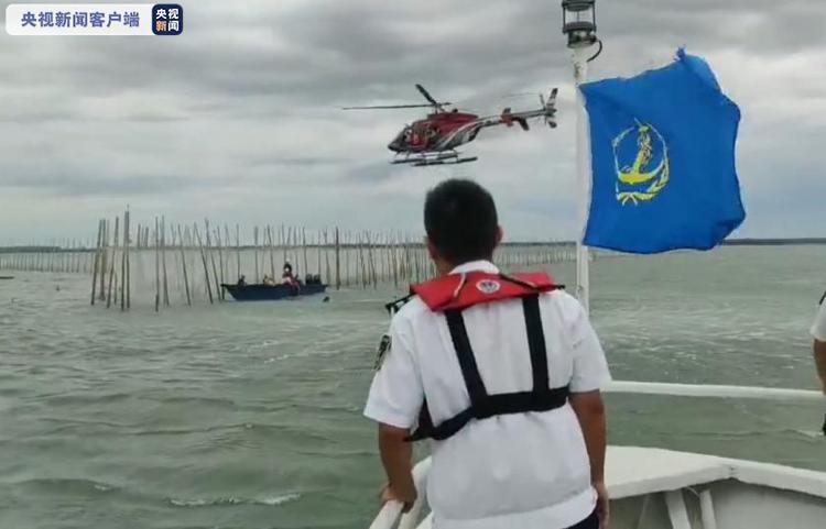北海一渔排侧翻已致8人遇难 搜救工作仍在紧张进行