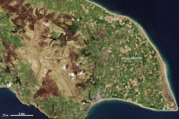 每日卫星照:英国马恩岛保存数亿年历史岩层