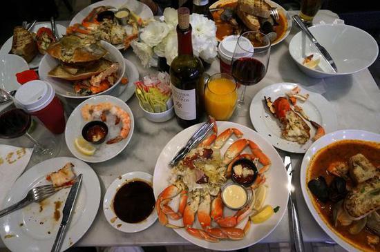 在洛杉矶吃一顿海鲜大餐需要多少钱?(全文)