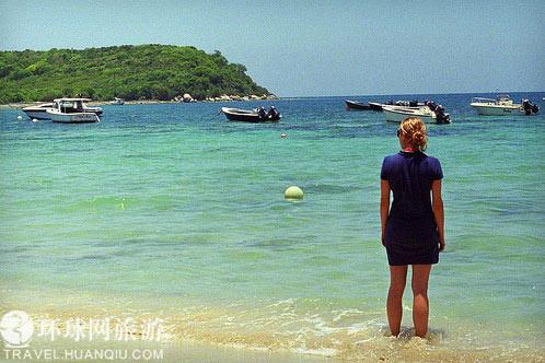 海水在白天看来和别处无异